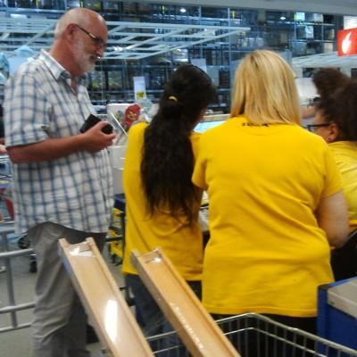 bij de IKEA